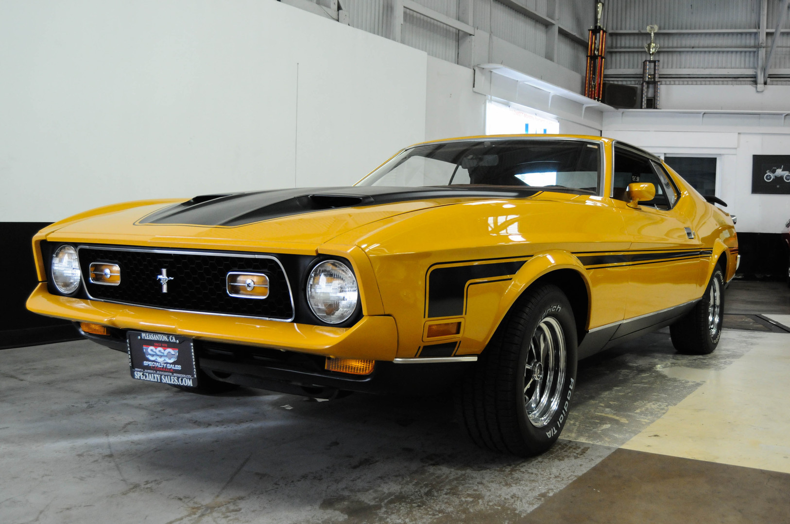 1971 ford mustang mach 1 2 door fastback sold