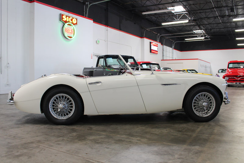 1962 Austin Healey 3000 Mark II BT7 2 Door Roadster for sale